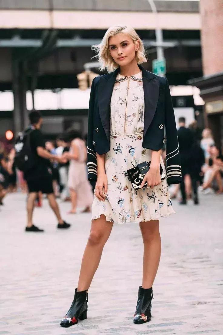 裙子+短靴才是初秋最时髦搭配! 4