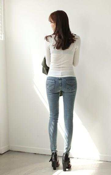修身显瘦的设计, 凸显女性优美的身材曲线, 处处散发着女性的魅力 5