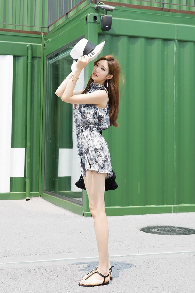 周未出游, 有高跟鞋与短裙就很美了! 5
