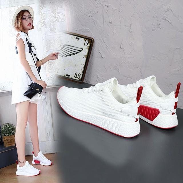 """小白鞋已过时了, 火遍时尚圈的""""一脚蹬"""", 连赵薇、杨幂都在穿 12"""