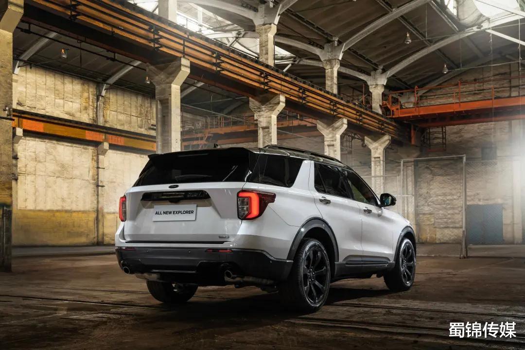 喜歡大車? 這幾款中大型SUV瞭解一下, 最便宜的才15萬!-圖11