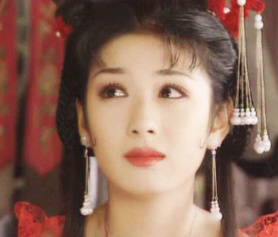 黃奕的李玉湖, 林心如的建寧公主, 趙薇的小燕子, 都沒她驚艷-圖1