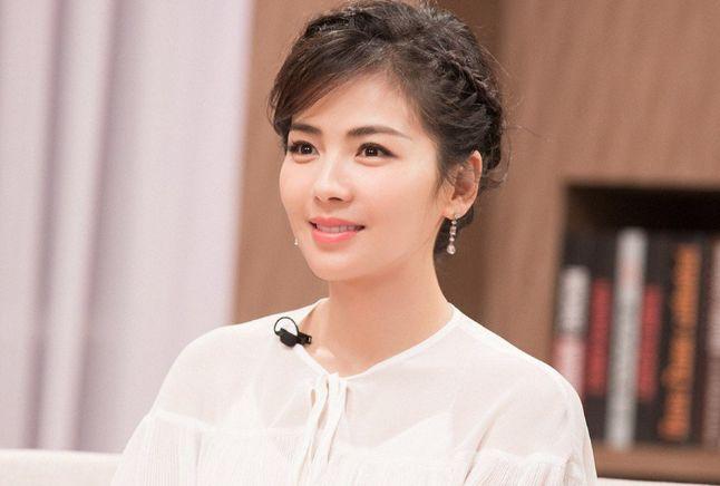 43歲劉濤與周渝民鴛鴦戲水, 演15歲少女吻戲被吐槽: 太過辣眼睛-圖11
