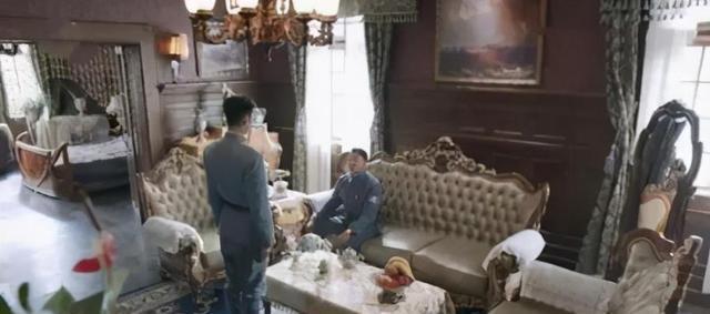 湖南衛視播八路軍住豪華別墅談戀愛, 腦子呢?-圖2
