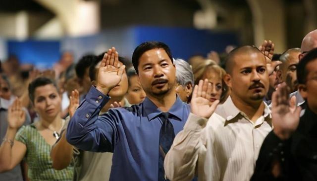 """大量華人在美""""流落街頭""""? 華裔: 美國不要我, 中國也回不去-圖2"""
