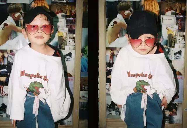 不懂时尚的奶奶, 把5岁的孙子穿成了国际时尚!