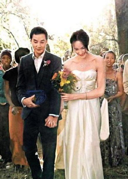 吳彥祖曬婚禮照慶祝與妻子結婚11周年, 動情告白: 我愛你-圖2