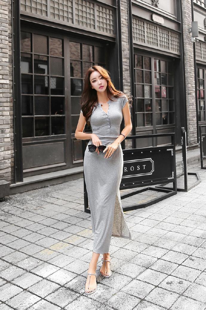 系扣式长款连衣裙, 穿出火辣好身材。 1