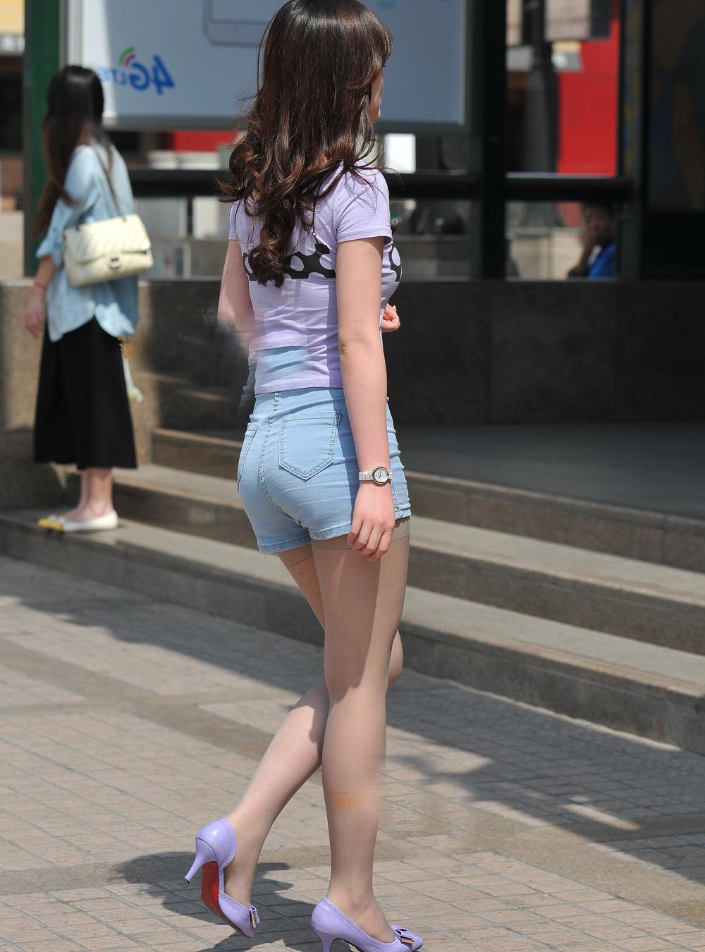 街拍秋天穿短裤的小秘诀, 有了丝袜再冷也不怕! 3