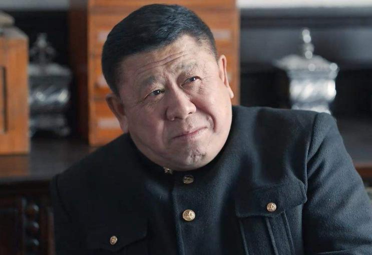 """63歲老戲骨程煜大變樣? 煙酒不離身, 好似""""邋遢大叔""""-圖4"""