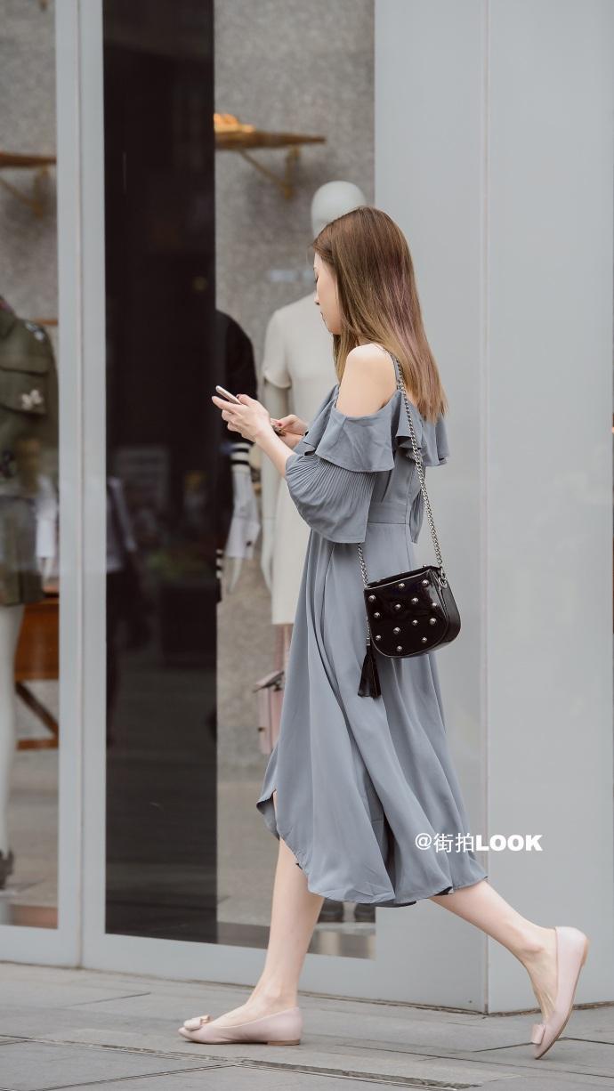 街拍时尚秀: 成都路人街拍, 美若天仙的小姐姐, 气质最重要