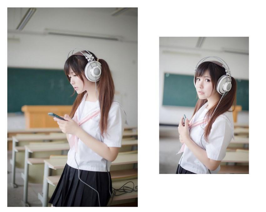 为什么日本女孩穿上校服短裙, 一定要穿上过膝袜? 这样真的显腿长? 3