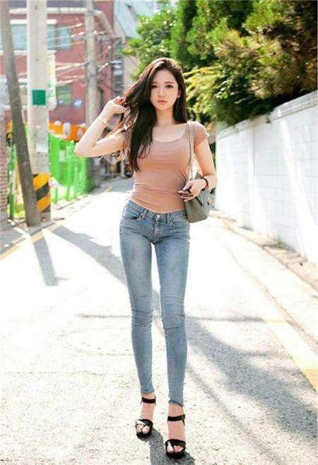 只需一条牛仔裤, 让你瞬间女神范 4