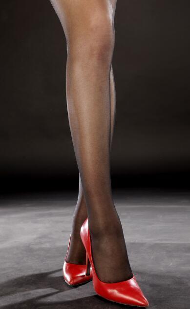 丝袜可以瘦腿, 高跟可以让身材高挑 5