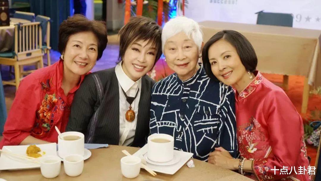 80年代女演員陳燁,出國留學嫁美國人,如今65歲怎麼樣瞭?-圖23