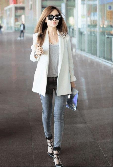 紧身裤可以说是一款美丽清纯的背景, 一个文静端庄的少女 1