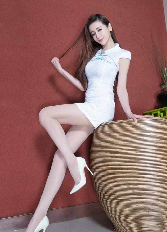 时尚女神不需要复杂搭配, 一套旗袍包臀裙足够吸睛 7