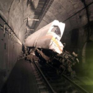 臺灣發生火車出軌事故 已致4死至少36人失去生命跡象-圖2