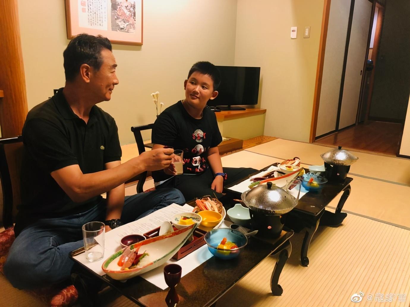 65歲寇振海太敬業, 陽光下暴曬拍戲, 今11歲兒子成老戲骨和世界季軍-圖11