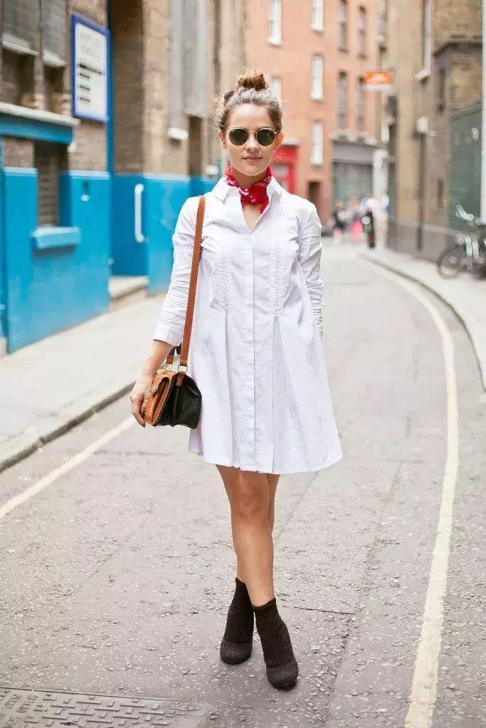 裙子+短靴才是初秋最时髦搭配! 12