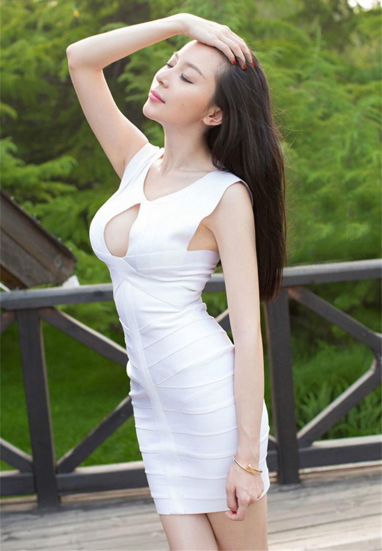 身材好的妹子穿搭连衣裙, 曲线动感迷人