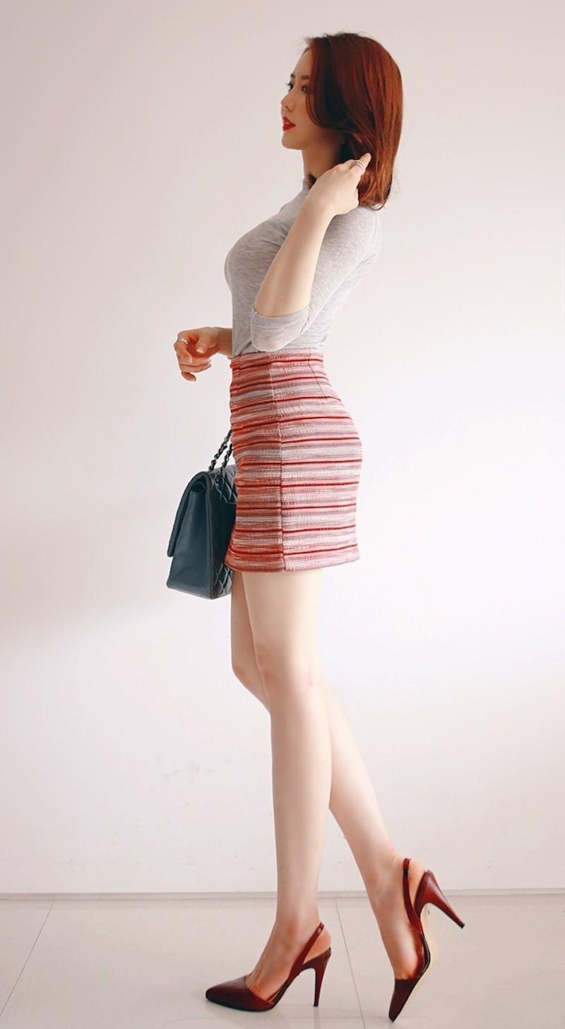 女神穿得如此凉快, 小细腰长腿的诱惑一般人躲不了 6