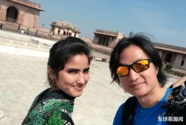 巴基斯坦遊客到中國, 站在飯店門口不敢進? 老板的舉動真暖心-圖2