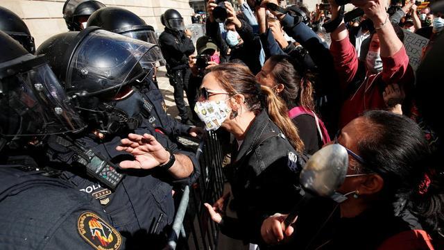 歐洲迎來第二波疫情! 西班牙再次下達禁令, 上千民眾走上街頭抗議-圖1